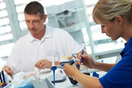 Bọc răng sứ cercon để nướu được an toàn