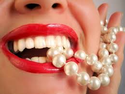 Tẩy trắng răng mang lại sự tự tin