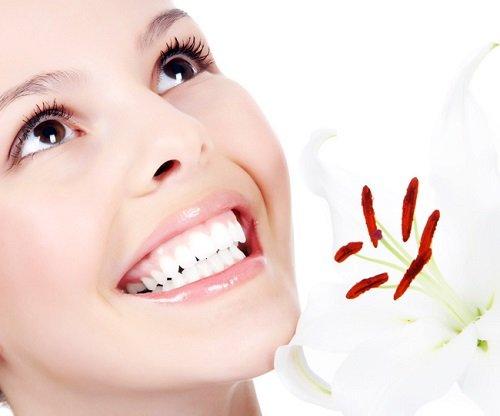 Làm răng sứ phải kiêng gì? Cách chăm sóc và thực đơn ăn uống-2